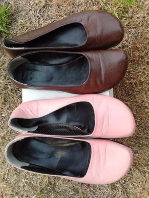 VENDO 2 PARES DE CHATITAS, COLOR MARRON Y OTRA ROSA NUMERO