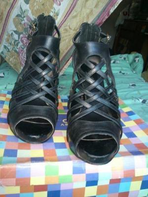 Vendo zapatos de cuero con plataforma