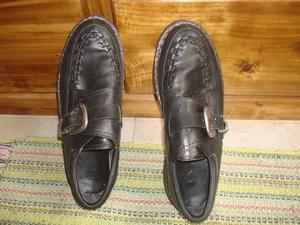 Zapatos de cuero con hebilla de hombre