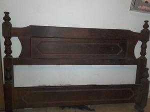 cama de algarrobo de 2 plazas usada muy buen estado.