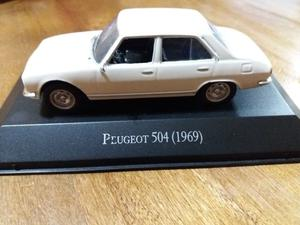 Auto de coleccion.Peugeot 504