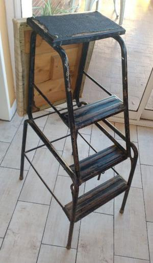 BANCO-ESCALERA PLEGABLE de Metal 78 CM
