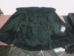 Campera de cuero con corderito talle 48 negra