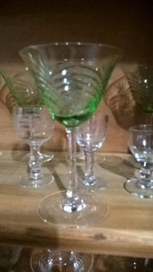 Copas de cristal tallado antiguo.