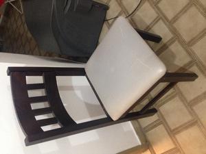 Juego de 6 sillas para comedor.