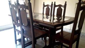Mesa de algarrobo y vidrio