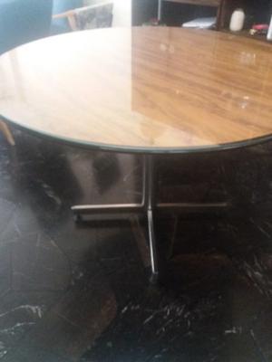 Mesa redonda laminada