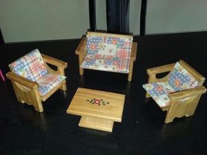 Muebles Muñecas- Juego De Sillones De Madera