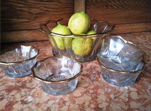 piezas de servir postres de vidrio prensado y filete oro