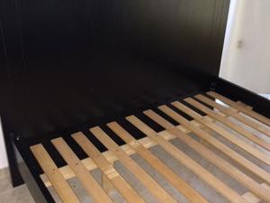 Cama para colchón 190x160 madera laqueada