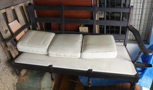 SILLON 3 cuerpos con 3 almohadones, sin colchon