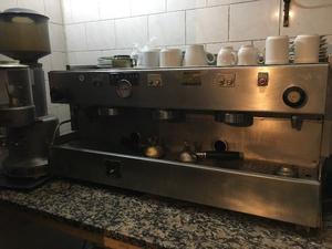 VENDO MÁQUINA DE CAFÉ LAGORIO