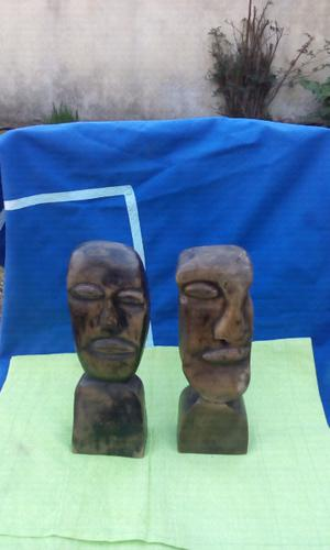 Vendo 2 viejas esculturas talladas en madera