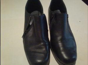 Vendo Zapatos Tipo Botita Numero 39 De Mujer