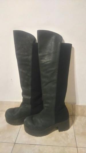 Vendo botas Sarkany bucaneras cuero elastizadas