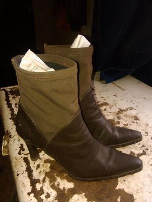 Vendo botas marrones número 39