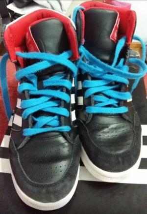 Zapatillas Adidas Botitas de Hombre Talle 40