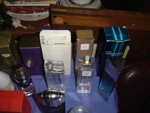 lote de frascos vacios de perfumes