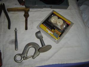 lote de herramientas viejas