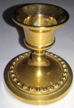 Antiguo Candelabro porta vela de bronce