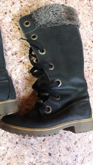 Botas con corderito usadas excel. Estado !