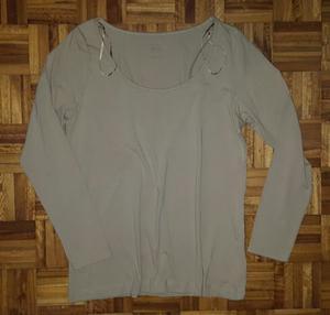 Camiseta de algodón color beige marca H Y M nueva