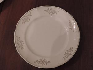 "Conjunto de 4 platos antiguos semi porcelana ""Sajonia"""