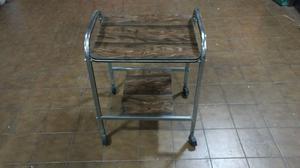 Mesa para pc o tv con ruedas posot class - Mesa para tv con ruedas ...