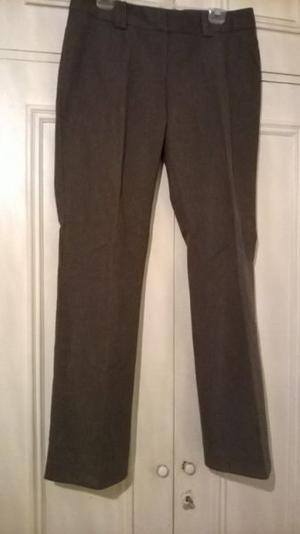 Pantalón marrón T. 44 exelente calidad