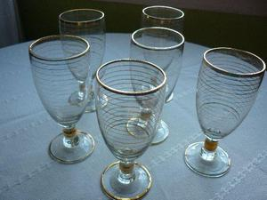 copas de cristal para jerez o vino dulce con talo y rayas