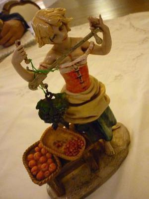 figura imagen italiana simil porcelana autor fontanini