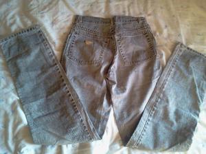 "pantalón de jean de mujer tiro medio.marca""milk & coffee"
