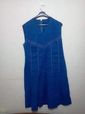 vestido color azul francia sin mangas. estilo retro-vintage