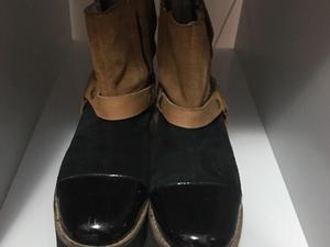 Botas de cuero caña corta gamuzadas