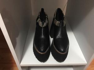 Botinetas zapatos plataforma con tachas