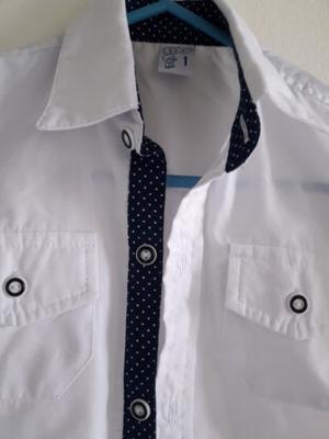 Camisa blanca de vestir bebe talle 1
