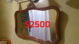 Espejo antiguo.