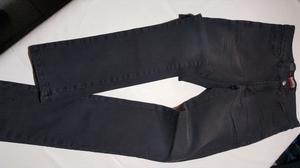 Liquido busos y jeans elastizados sin uso