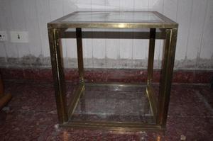 Mesa ratona de bronce y vidrio 0,5x0,5 mts