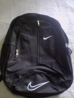 Mochila Nike nueva