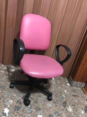 Silla escritorio color fucsia