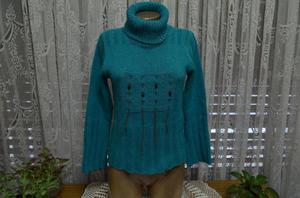 pullover tipo polerón