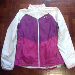 Campera Impermeable Nike Mujer Talle L.