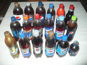 Colección de 18 botellas de PEPSI - Nacionales e
