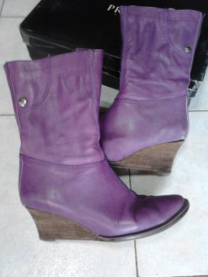 "VENDO BOTAS MEDIA CAÑA COLOR VIOLETA, ""PRUNE"", TACO"