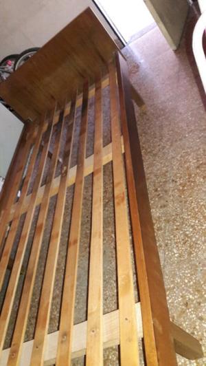 Cama 1 plaza de madera maciza