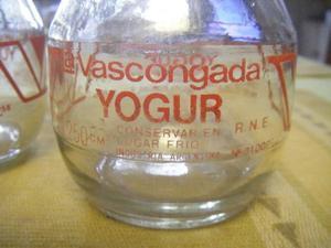 Frascos antiguos yoghurt LA VASCONGADA