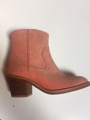 Zapato de cuero 36