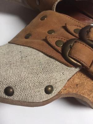 Zapato de cuero y arpillera