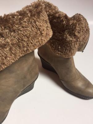 Zapato de cuero y peluche 36